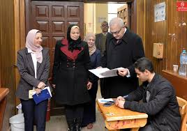 The President of Mansoura University is inspecting the students during the second semester exams in the faculties of pharmacy
